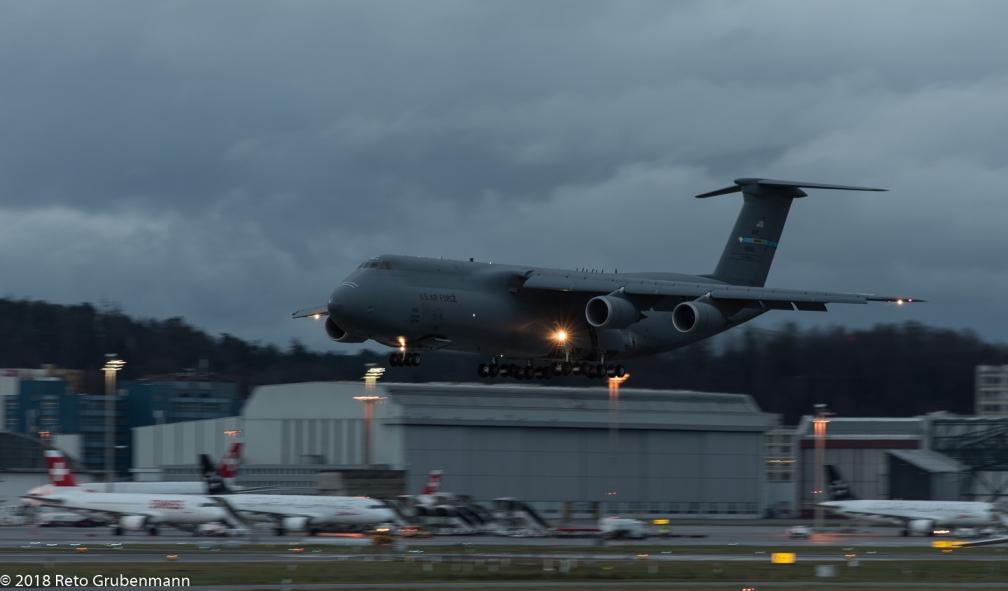 USAF_C5M_84-0061_ZRH180121_01