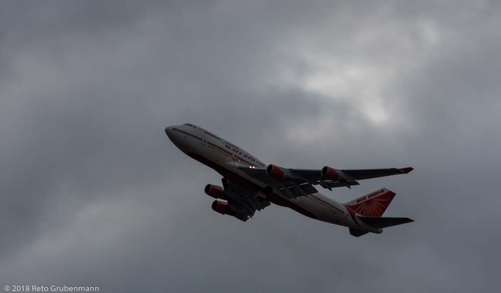 AirIndia_B744_VT-EVB_ZRH180123_02