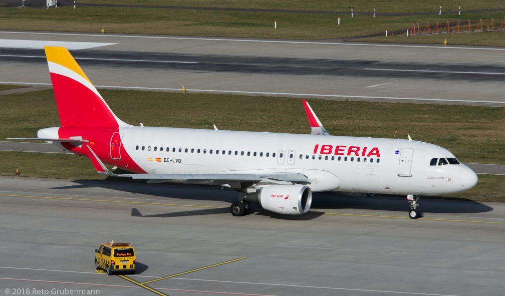 Iberia_A320_EC-LVD_ZRH180124