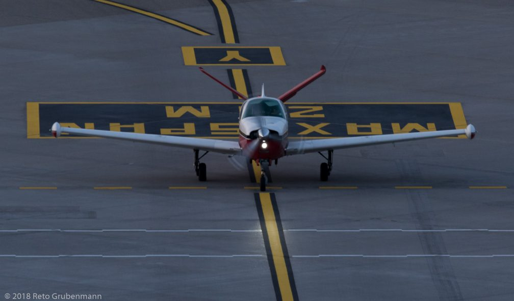 Private_BE35_HB-EFM_ZRH180124