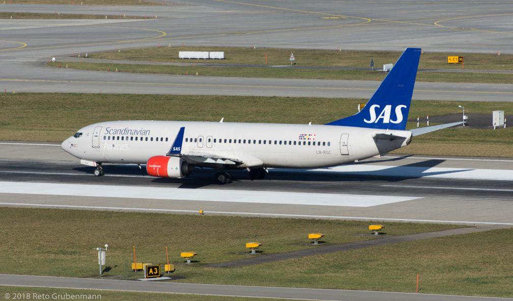 ScandinavianAirlines_B738_LN-RGC_ZRH180124_02