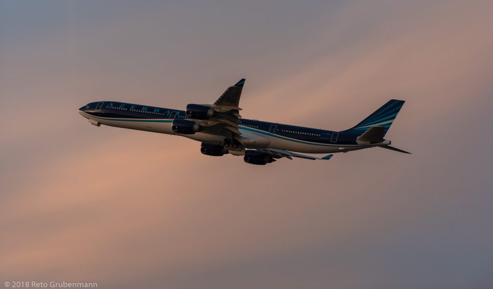 AzerbaijanAirlines_A346_4K-AI08_ZRH180125