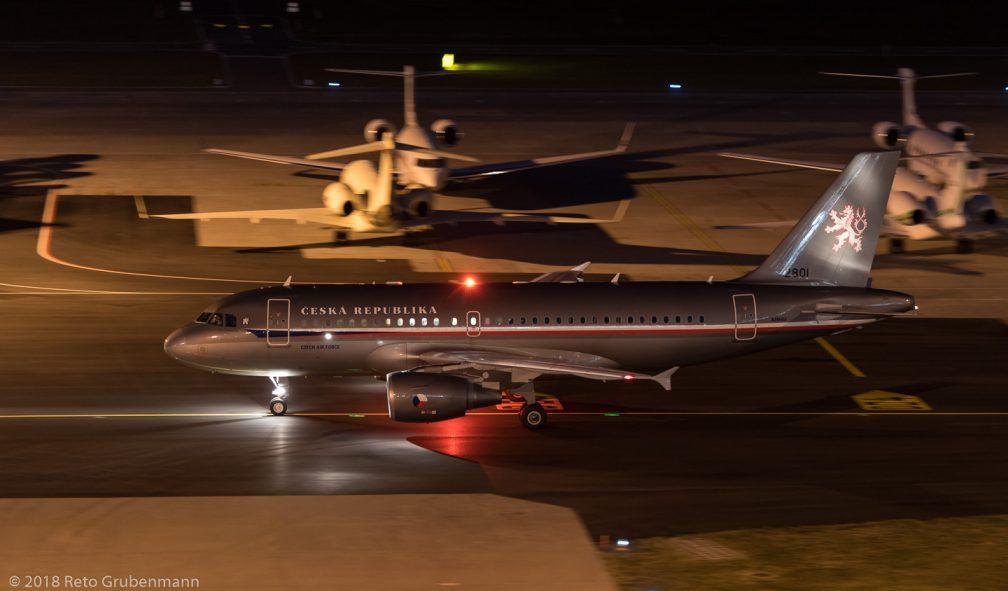 CzechAirForce_A319_2801_ZRH180125
