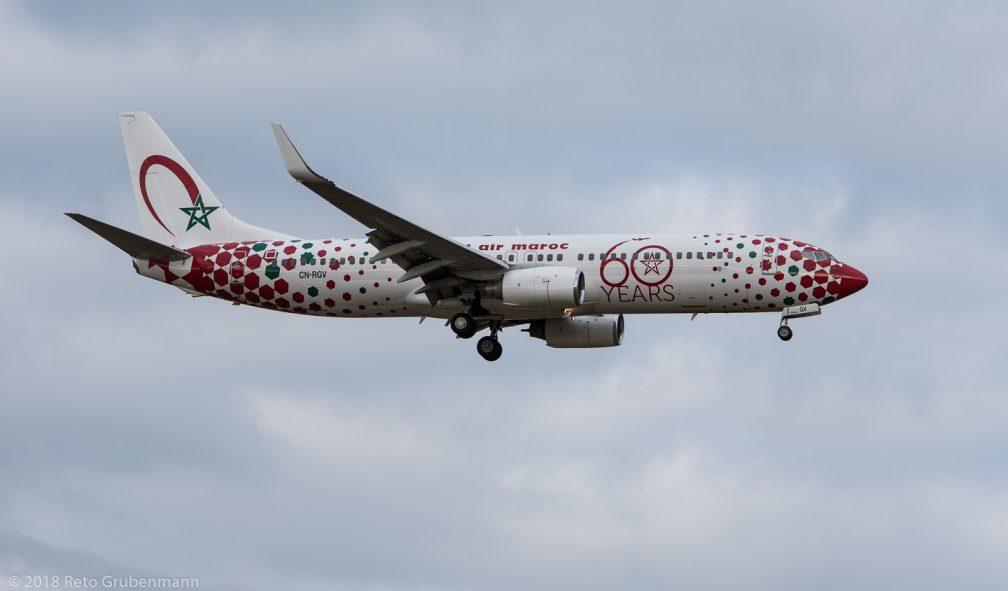 RoyalAirMaroc_B738_CN-RGV_ZRH180126_01