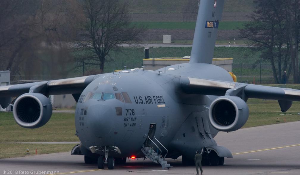 USAF_C17_07-7178_ZRH180127_01