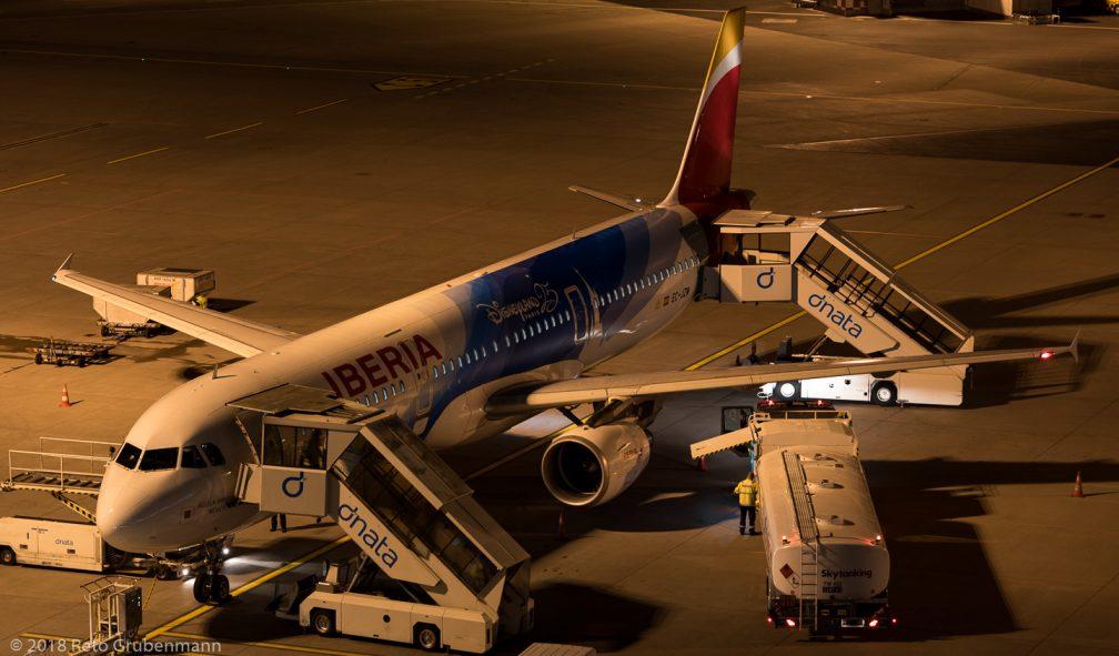 Iberia_A321_EC-JZM_ZRH180130