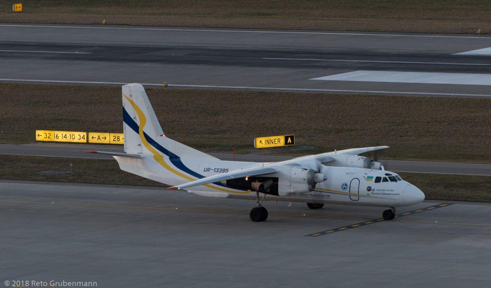 AntonovDesignBureau_AN26_UR-13395_ZRH180314_01