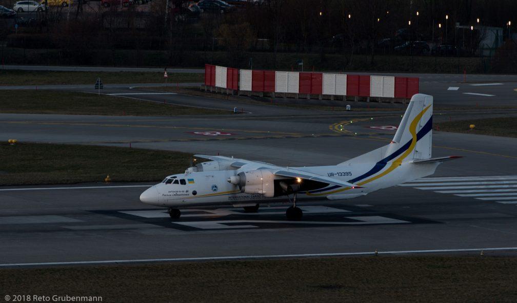 AntonovDesignBureau_AN26_UR-13395_ZRH180314_02