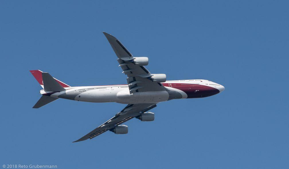 WorldwideAircraftHolding_B748_VQ-BSK_ZRH180314_02