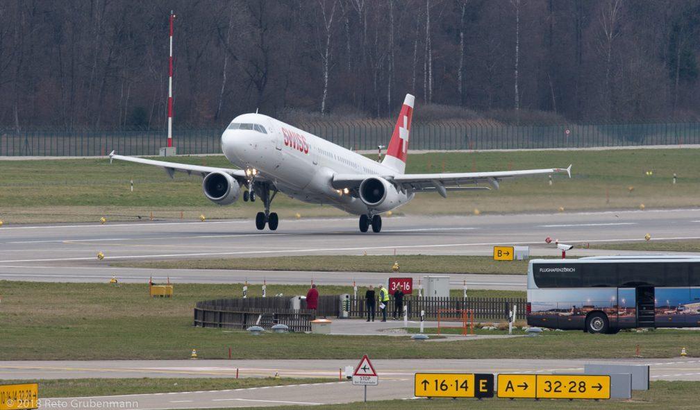 Swiss_A321_HB-IOH_ZRH180330