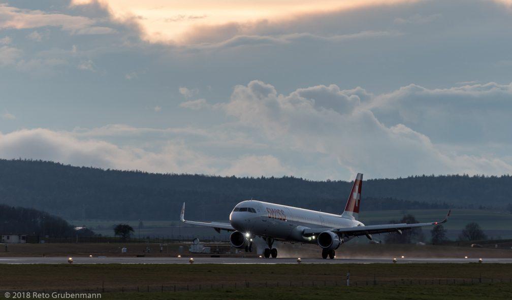 Swiss_A321_HB-IOO_ZRH180331