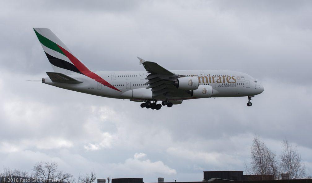 Emirates_A388_A6-EDJ_ZRH180401