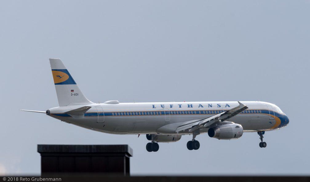 Lufthansa_A321_D-AIDV_ZRH180401_02