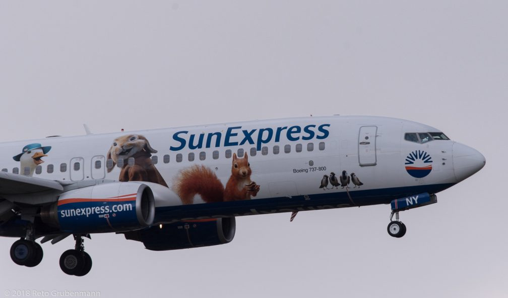 SunExpress_B738_TC-SNY_ZRH180401_01