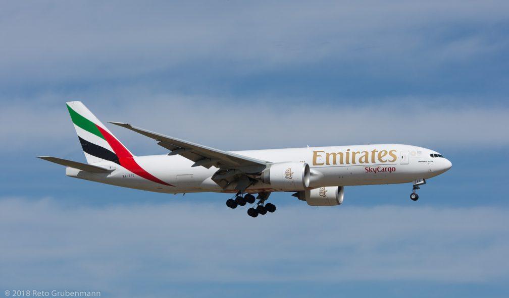EmiratesSkyCargo_B77L_A6-EFE_ZRH180402
