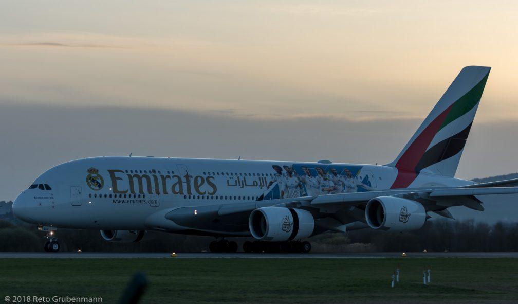 Emirates_A388_A6-EUG_ZRH180407_01