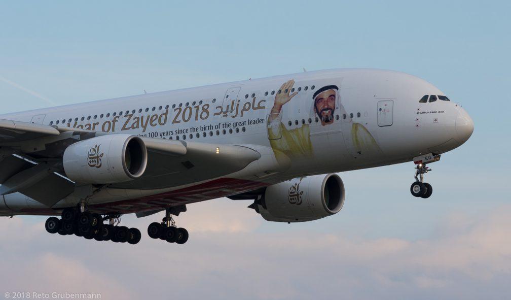 Emirates_A388_A6-EEU_ZRH180425_01