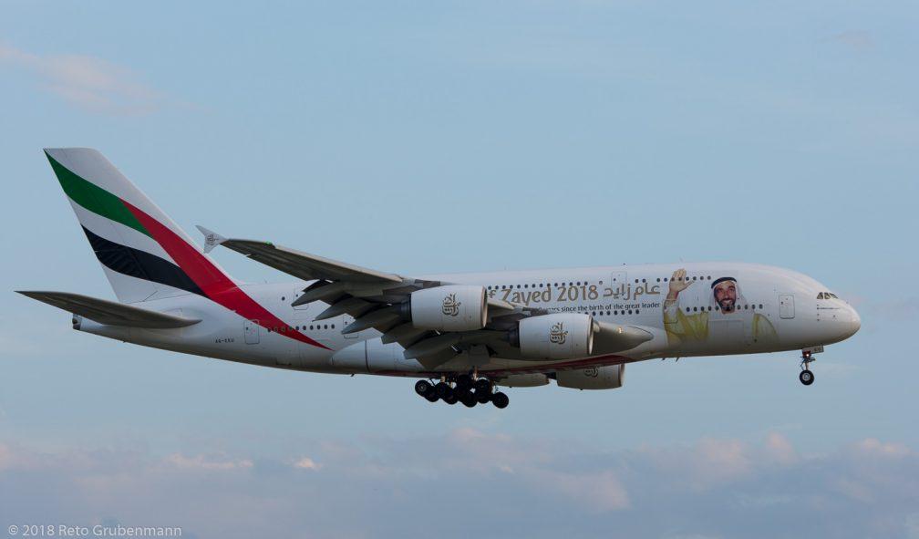 Emirates_A388_A6-EEU_ZRH180425_02