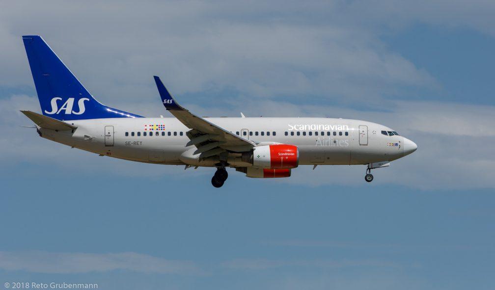 ScandinavianAirlines_B737_SE-REY_ZRH180429