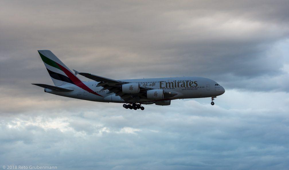 Emirates_A388_A6-EUT_ZRH180430