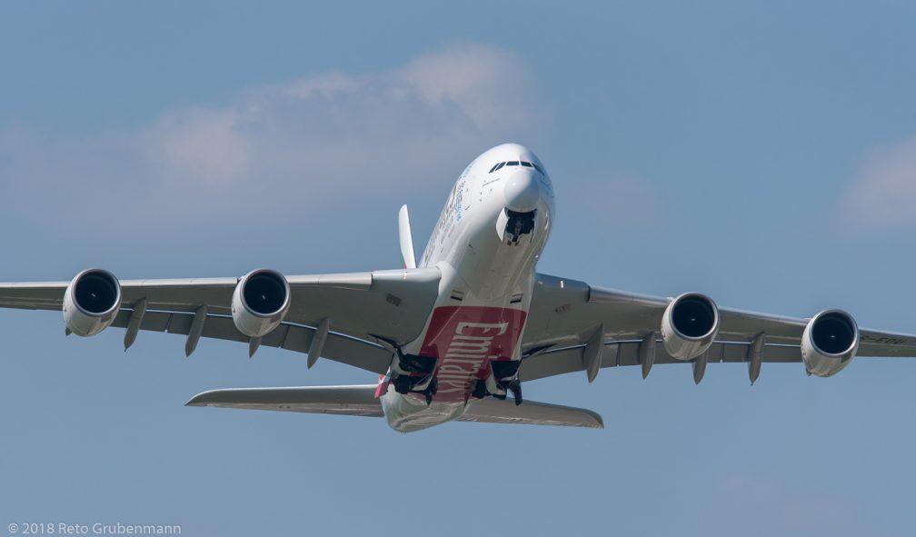 Emirates_A388_A6-EOU_ZRH180505