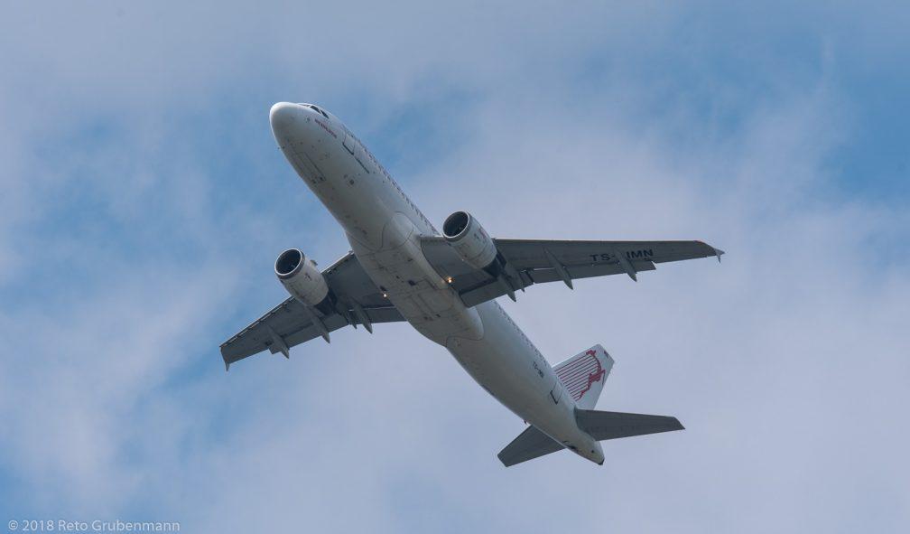 Tunisair_A320_TS-IMN_ZRH180505