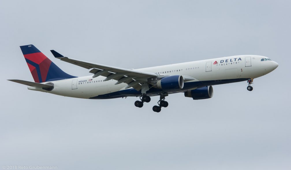 DeltaAirLines_A332_N856NW_ZRH180513