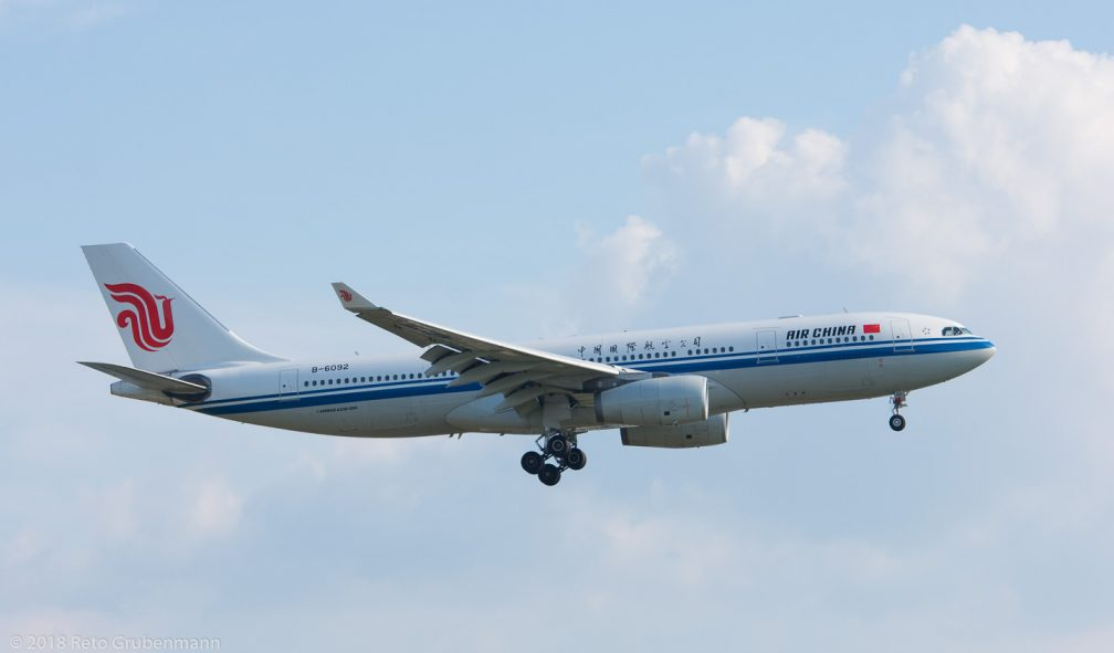 AirChina_A332_B-6092_ZRH180518