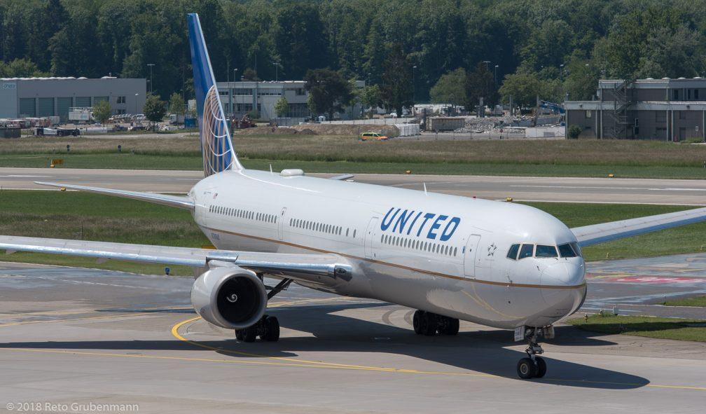 UnitedAirlines_B764_N78060_ZRH180521