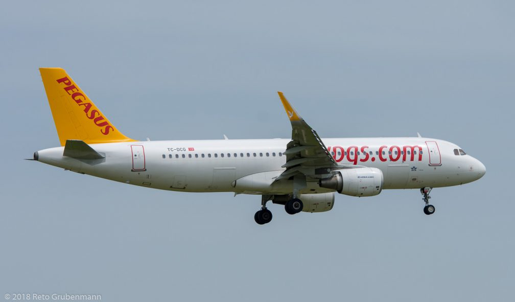 PegasusAirlines_A320_TC-DCG_ZRH180527