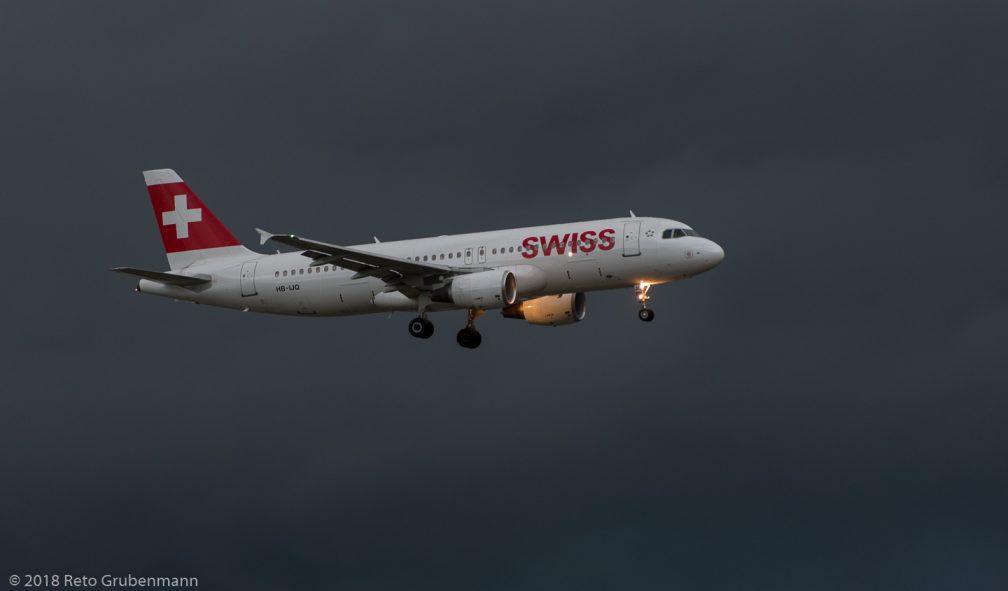 Swiss_A320_HB-IJQ_ZRH180531