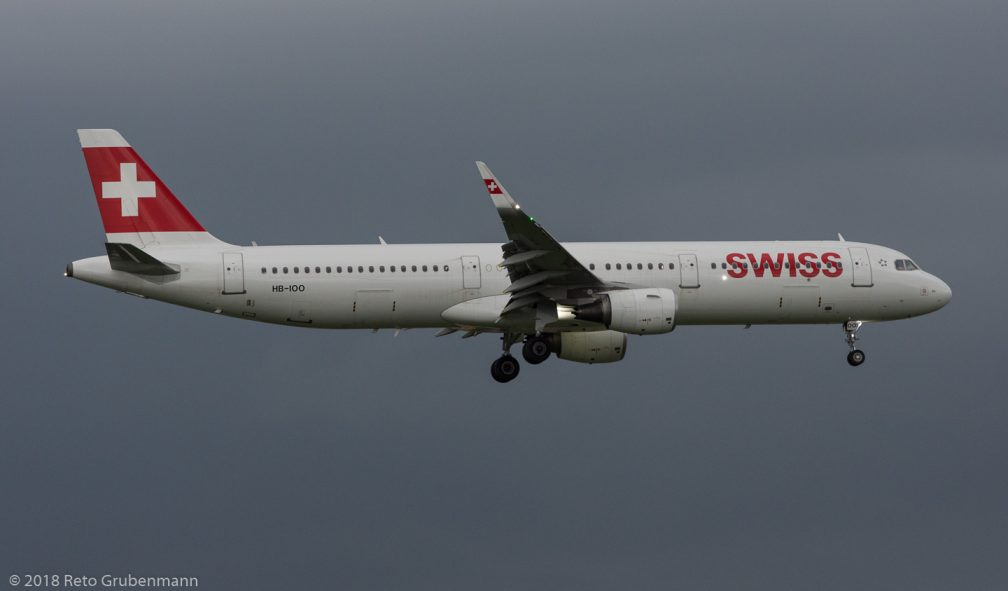 Swiss_A321_HB-IOO_ZRH180531