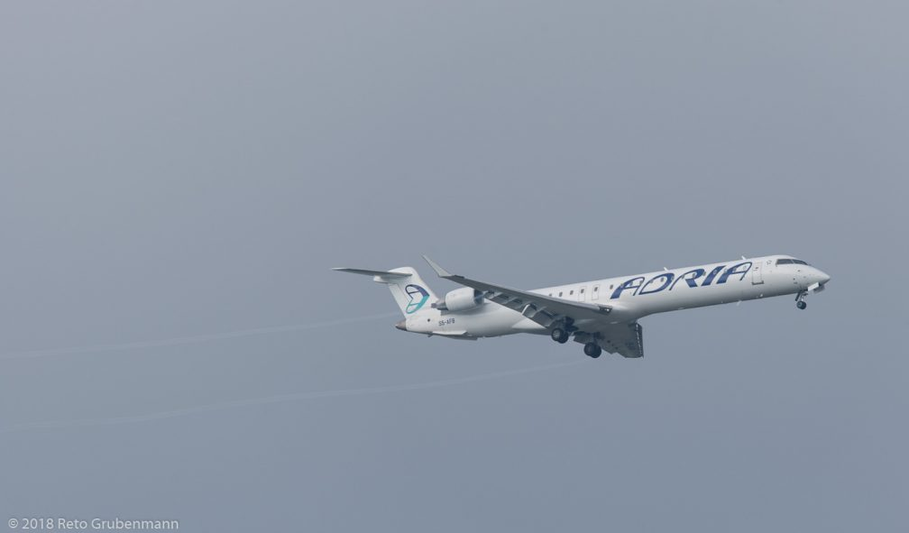 AdriaAirways_CRJ9_S5-AFB_ZRH180602