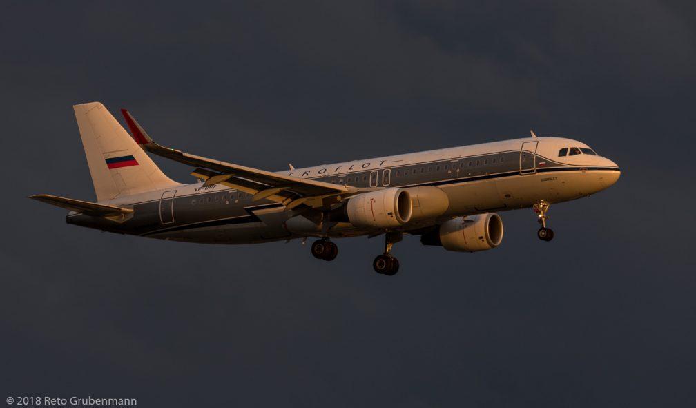 Aeroflot_A320_VP-BNT_ZRH180621_01
