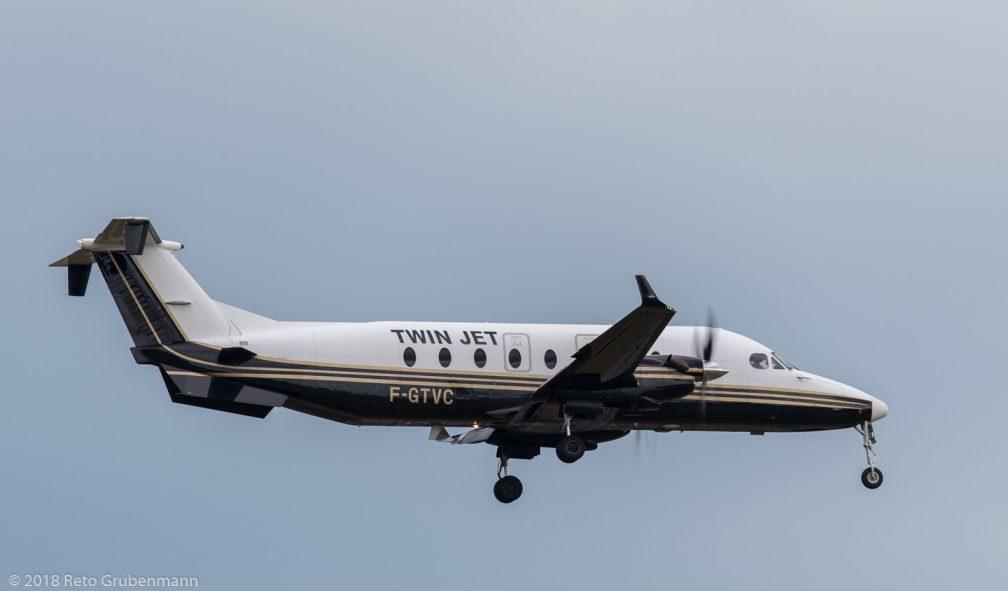 TwinJet_B190_F-GTVC_ZRH180621