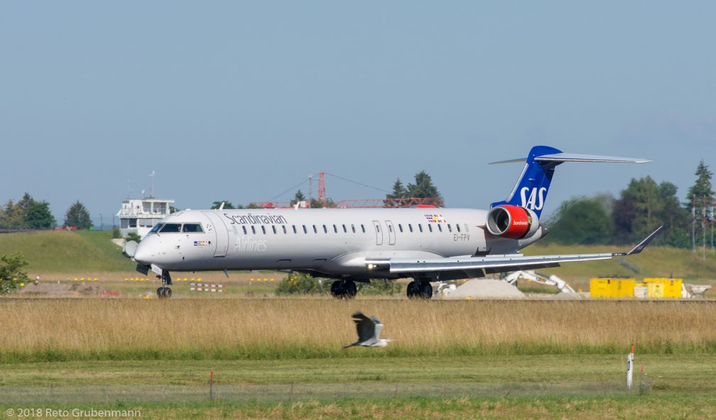 ScandinavianAirlines_CRJ9_EI-FPV_ZRH180623