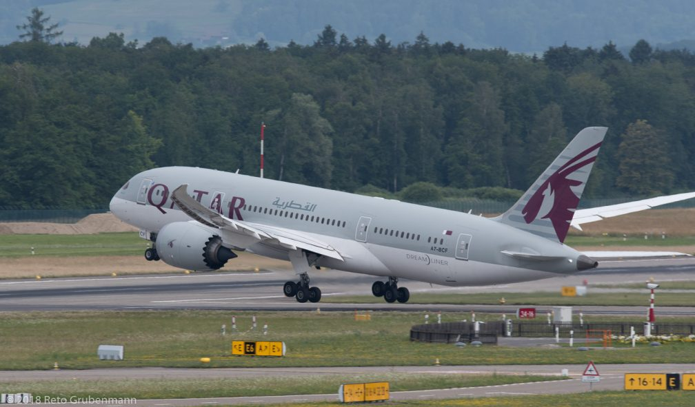 QatarAirways_B788_A7-BCF_ZRH180624