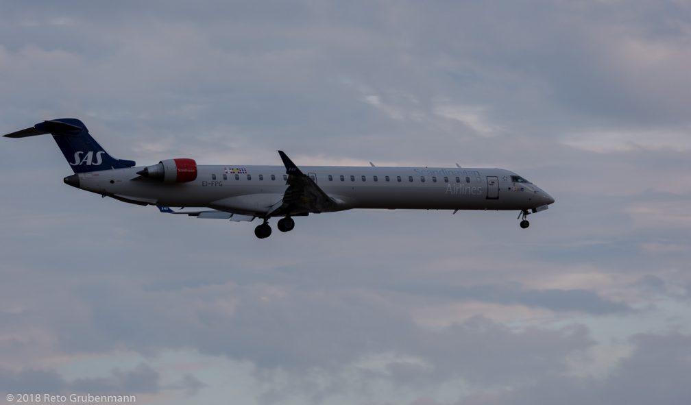 ScandinavianAirlines_CRJ9_EI-FPG_ZRH180624