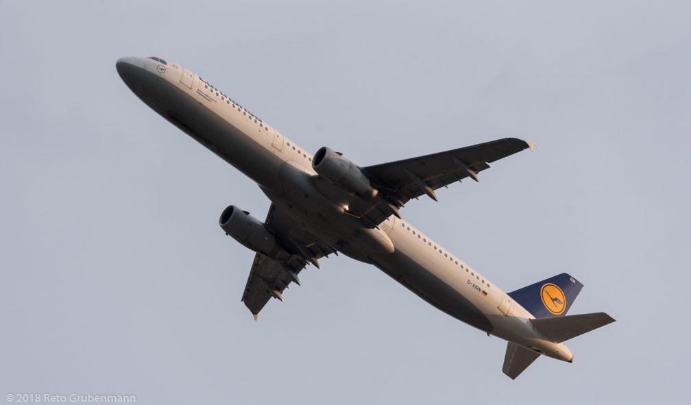 Lufthansa_A321_D-AIRN_ZRH180628