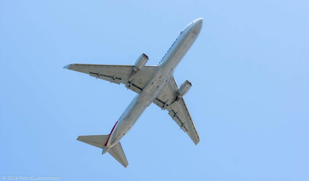 AmericanAirlines_B763_N349AN_ZRH180630