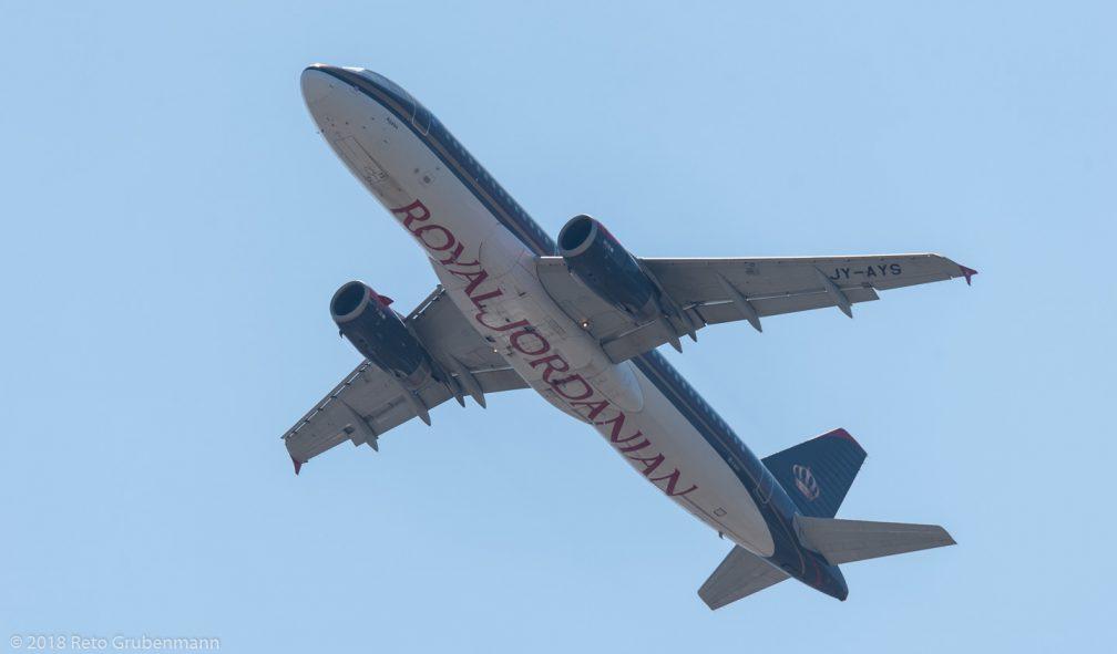 RoyalJordanian_A320_JY-AYS_ZRH180630