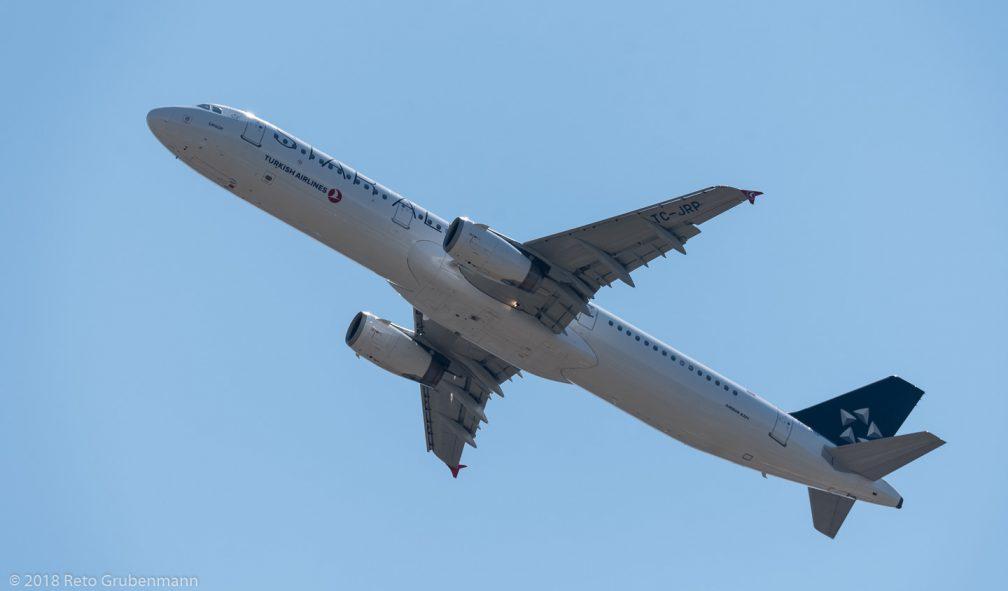 TurkishAirlines_A321_TC-JRP_ZRH180630