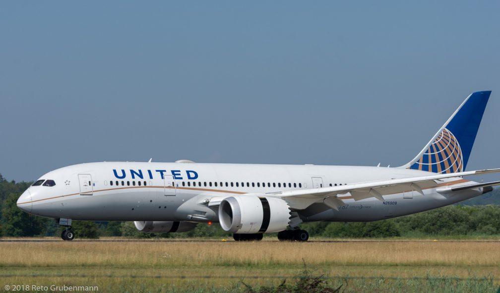 UnitedAirlines_B788_N26909_ZRH180630