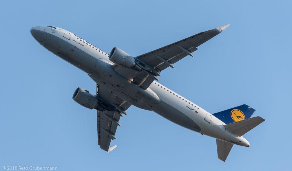 Lufthansa_A320_D-AIUC_ZRH180701