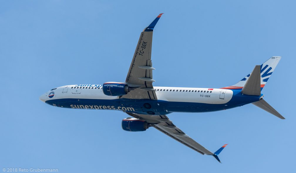 SunExpress_B738_TC-SEK_ZRH180701