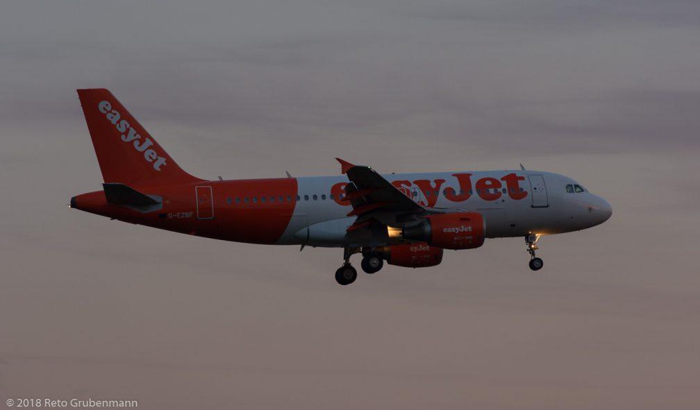 easyJet_A319_G-EZBF_ZRH180709
