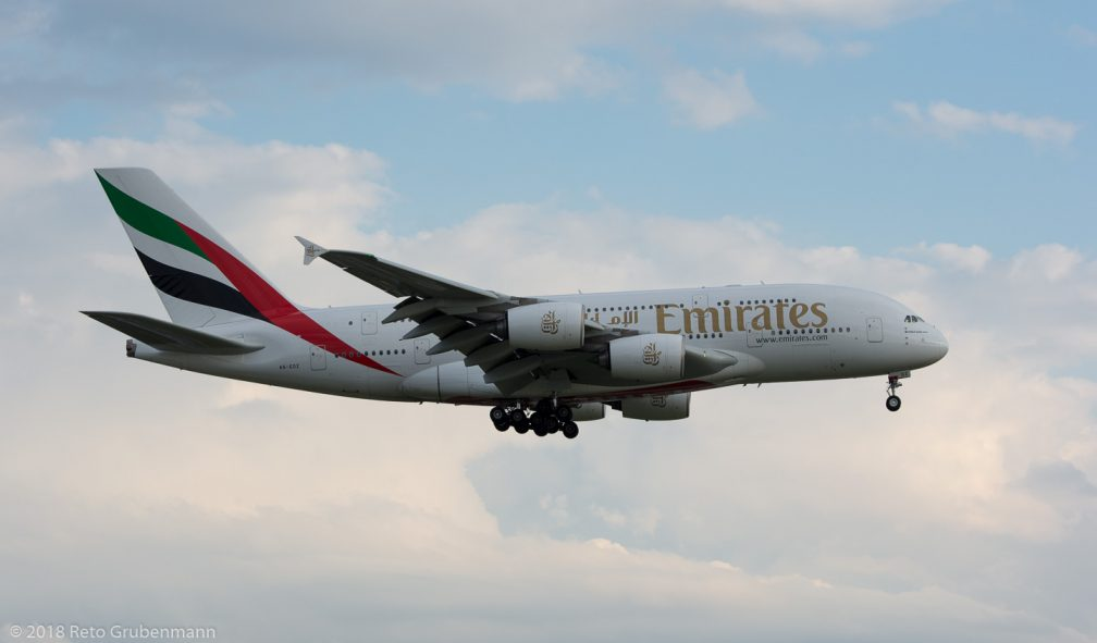 Emirates_A388_A6-EDZ_ZRH180710