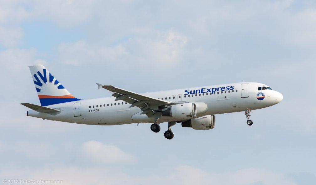 SunExpress_A320_LY-COM_ZRH180710