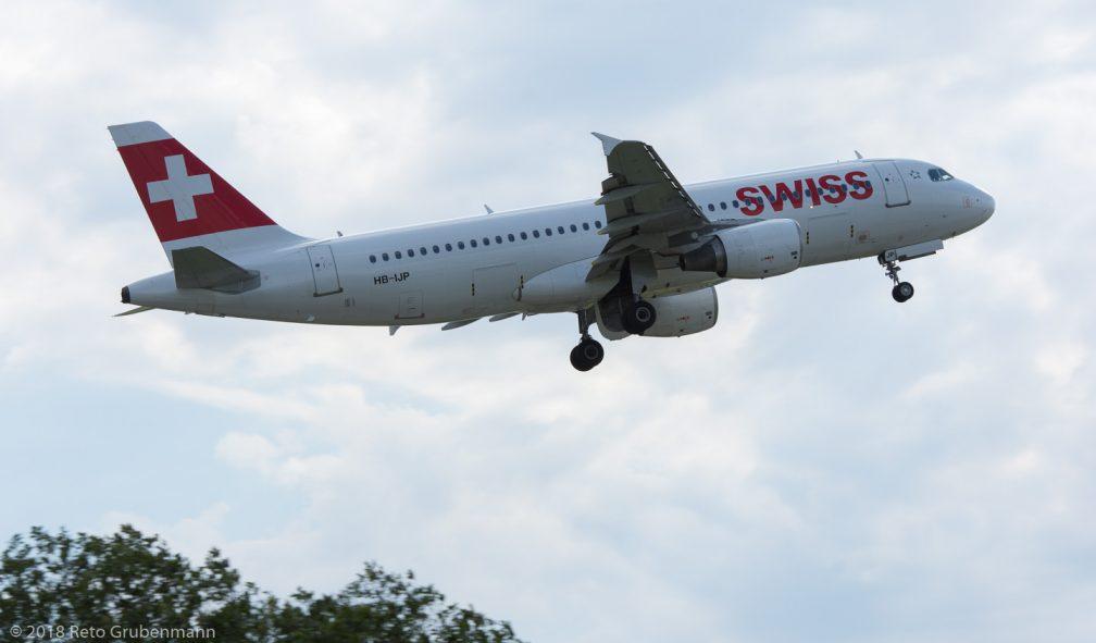 Swiss_A320_HB-IJP_ZRH180710