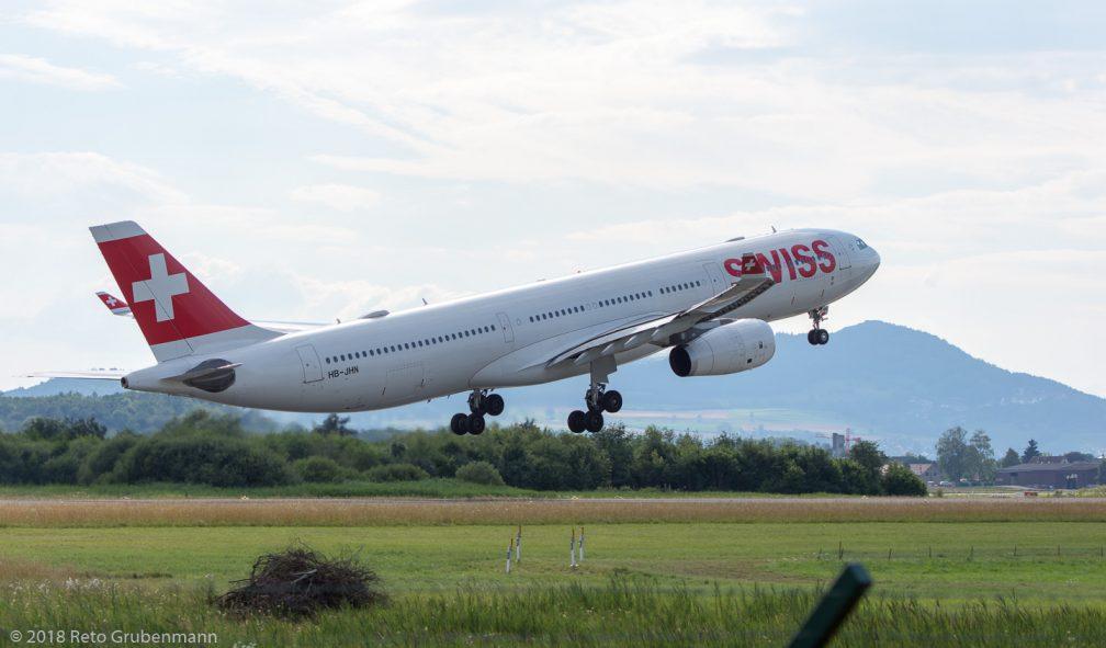 Swiss_A333_HB-JHN_ZRH180710